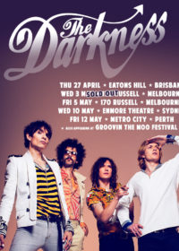 tour2017-thedarkness2