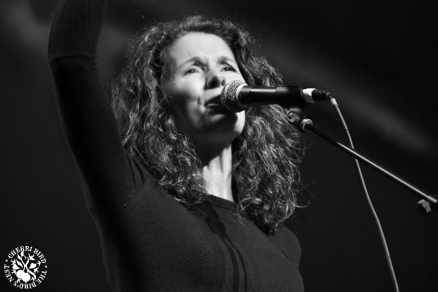 Edie Brickell & The New Bohemians