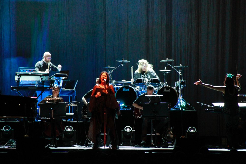 LIVE REVIEW: Evanescence with Melbourne Symphony Orchestra