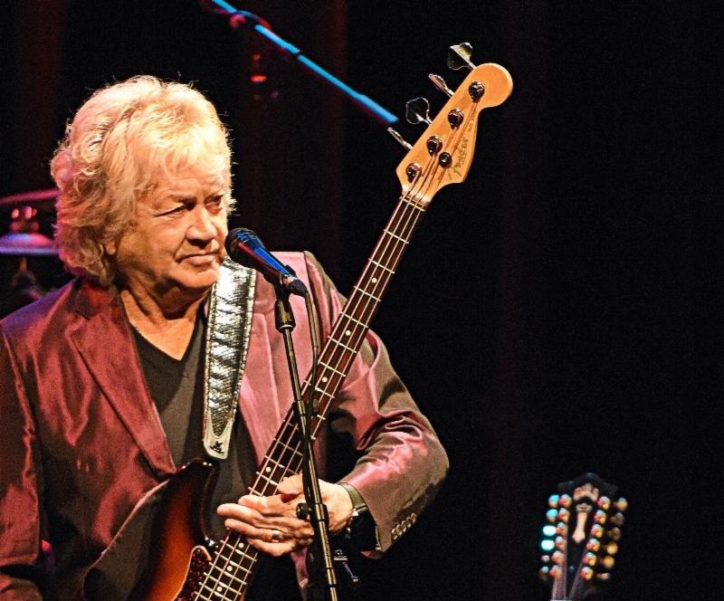 "The Moody Blues' John Lodge Set For ""Rock & Romance"" Cruise in Miami"